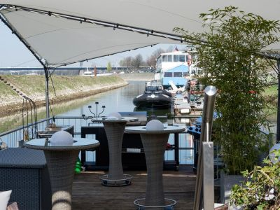 Eventlocation_Terrasse_am_Rhein_10.jpg